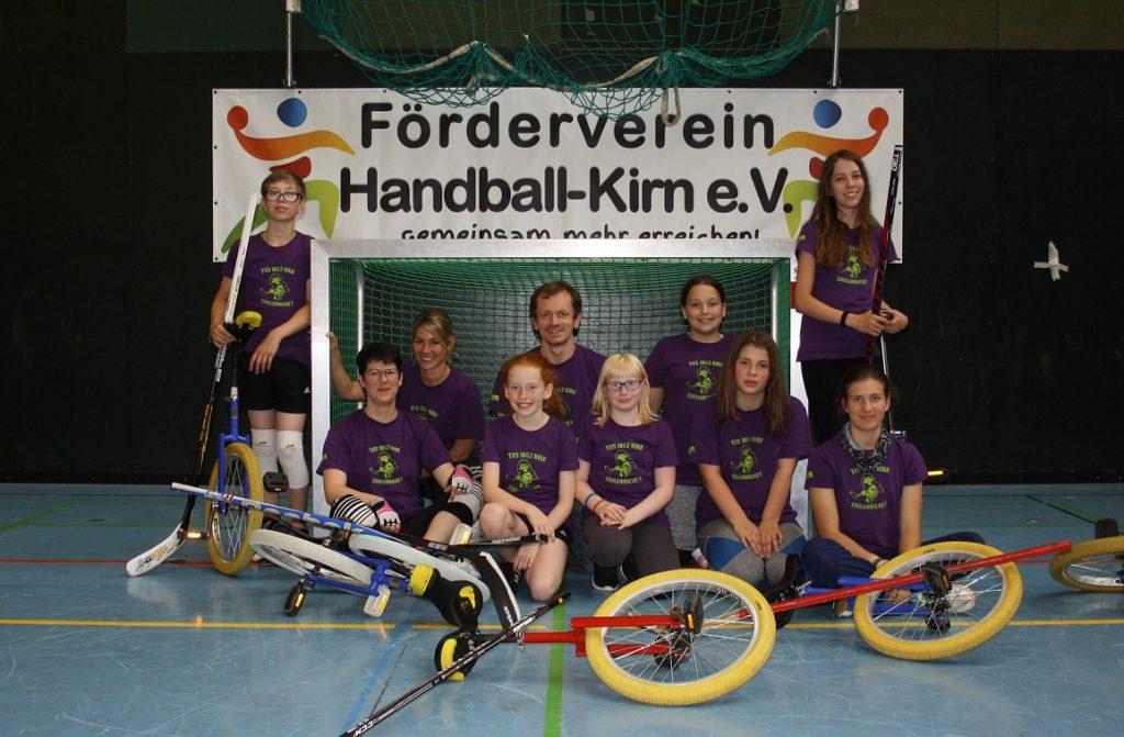 Gruppenbild Einradhockey, Erstes Heimturnier